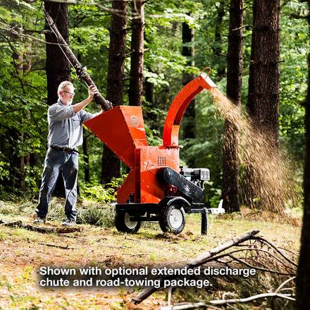 DR Self-Feeding Wood Chipper
